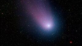 Fotografía del cometa Comet C/2001 Q4 (NEAT)