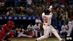 Andruw Jones durante el Clásico Mundial de Béisbol de 2006, en San Juan, Puerto Rico.