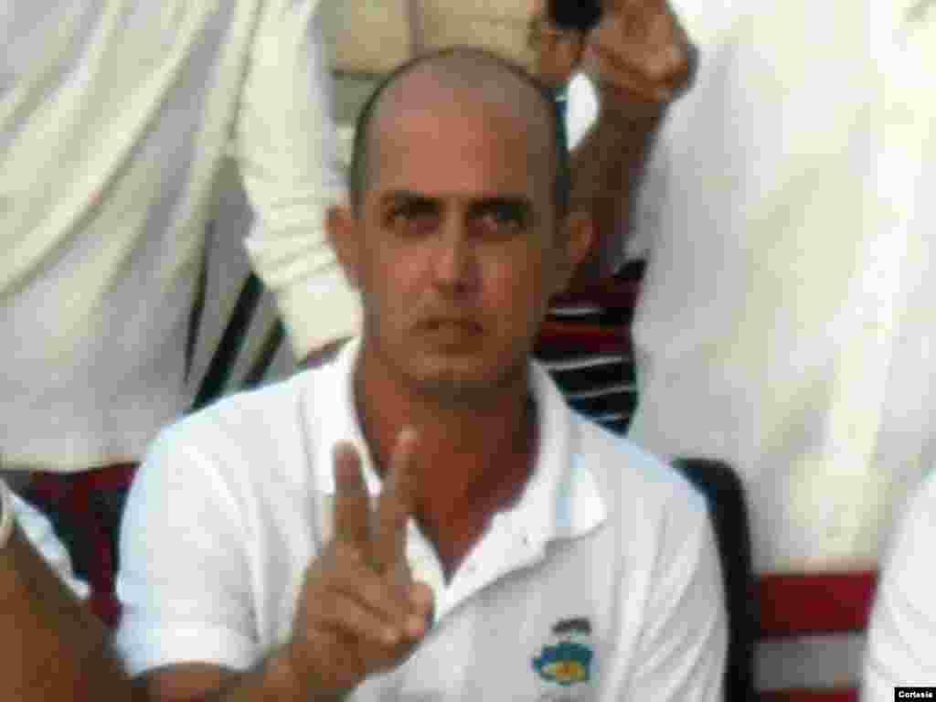 Jorge Vázquez Chaviano pertenece a la Coalición Central Opositora y reside en el municipio villaclareño de Sagua La Grande