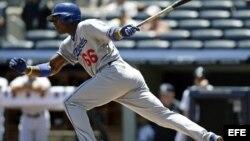 El jugador de los Dodgers Yasiel Puig, natural de Palmira, Cuba en acción ante los Yanquis de Nueva York.