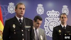 """El comisario jefe de la Brigada de Investigación Tecnológica de la Policía Nacional, Rafael Pérez, informa sobre la operación """"Tantalio""""."""