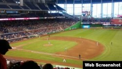 El estadio Marlins Park.