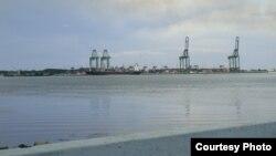 Para sus pobladores, el Puerto del Mariel es territorio extranjero