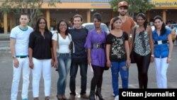 Estudiantes cubanos becados en EE.UU regresan a la Isla
