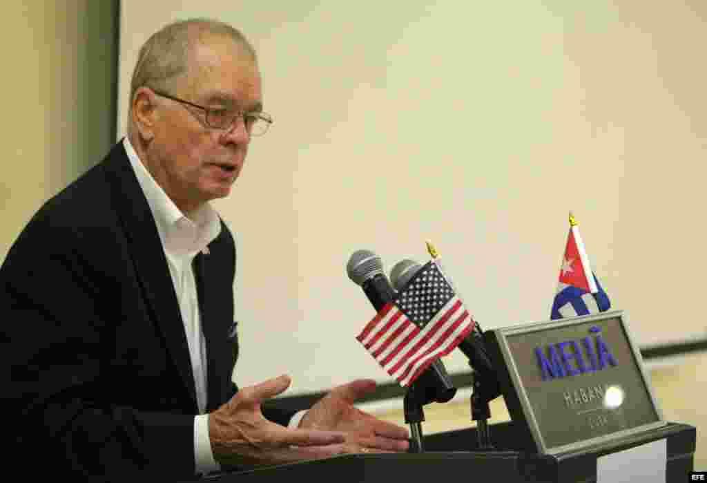 John Block, quien fue secretario de Agricultura del Gobierno de Ronald Reagan.