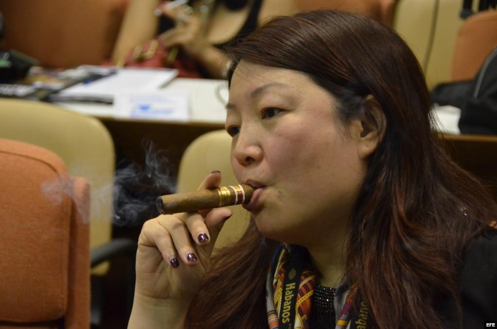 Aumenta la venta internacional de puros cubanos