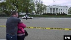 El Servicio Secreto estadounidense acordona una zona de la avenida Pensilvania, cerca de la Casa Blanca.