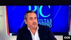 1800 Online con el sexólogo cubano José Trespalacios