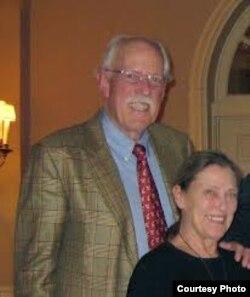 Walter Kendall Myers, y su esposa Gwendolyn espiaron para La Habana durante 30 años por convicción.