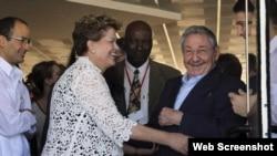 Dilma Rousseff, Raúl Castro y Marcelo Odebrecht durante inauguración del Mariel en enero de 2014 Foto: CubaDebate Ismael Francisco.