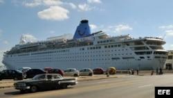 Crucero inglés Thomson Dream, en La Habana. Archivo.