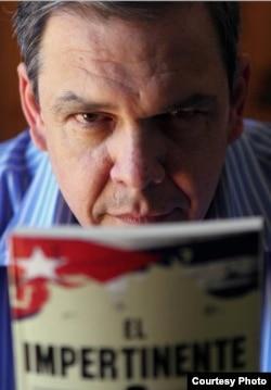 """Juan Manuel Cao presentará """"El impertinente"""" en el salón 3314 de la Feria del Libro de Miami, edificio 3, piso 3, a las 4:15 p.m., el 21 de noviembre."""