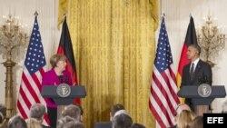 El presidente estadounidense Barack Obama y la canciller alemana Angela Merkel, ante la prensa tras su reunión en la Casa Blanca.