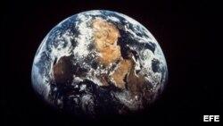 Planeta Tierra desde el espacio.