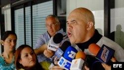 Secretario general de la Mesa de la Unidad Democrática (MUD), Jose 'Chuo' Torrealba, durante una rueda de prensa.