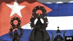 Imágenes de la Virgen de la Caridad del Cobre, patrona de Cuba.