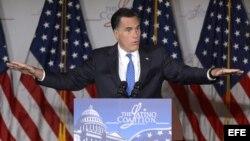 Romney en la Coalición Latina.