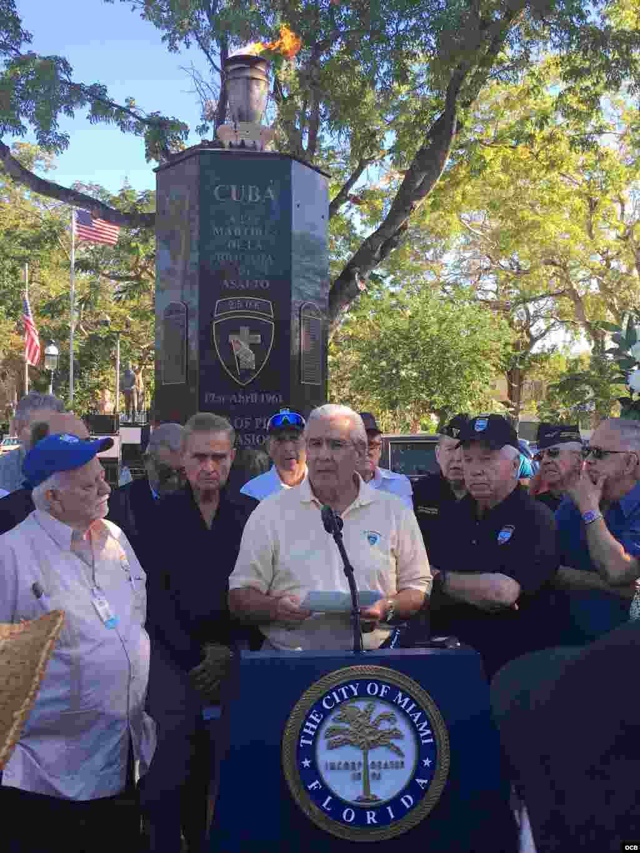 Acto en el Monumento a la Brigada 2506 en La Pequeña Habana / Cortesía Jeffry Scott Shapiro