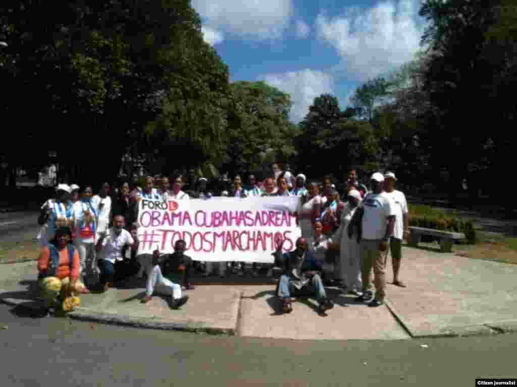 Activistas de DDHH y Damas de Blanco participan en la jornada 44 de #TodosMarchamos. Fotos: Ángel Moya.