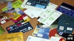 Archivo. Tarjetas de crédito falsificadas.