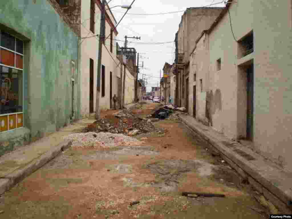 Recorrido por una calle de Camagüey