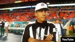 Alberto Riverón, árbitro cubano de la NFL