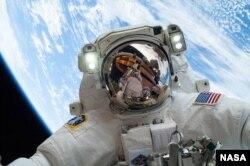 La Nasa desarrolla un traje especial para llegar a Marte.