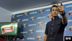 Henrique Capriles en una rueda de prensa en Caracas (Venezuela), donde aceptó el anuncio realizado por el Consejo Nacional Electoral.