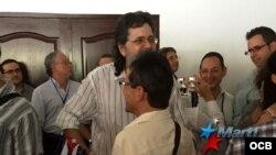 Abel Prieto encabeza protesta contra activistas cubanos en Panamá