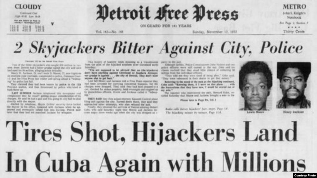 Titulares como este sobre secuestros de aviones hacia Cuba eran frecuentes en la prensa de EEUU en los 60 y 70.