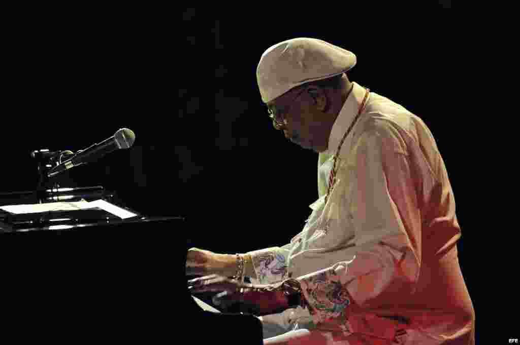 """Chucho Valdés & The Afro-Cuban Messengers compiten con el disco """"Border-Free"""" por el Mejor Álbum de Jazz Latino."""