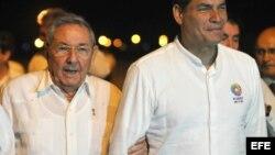 Rafael Correa viajó a Cuba la semana pasada para concretar acuerdos sobre salud.