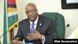 Joseph Harmon, ministro de Estado de Guyana
