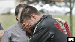 Familiares de las víctimas del accidente ferroviario ocurrido en las inmediaciones de Santiago de Compostela, en el que murieron 79 personas. Foto de archivo