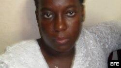 Dama de Blanco amenazada por prisionera común en Manto Negro
