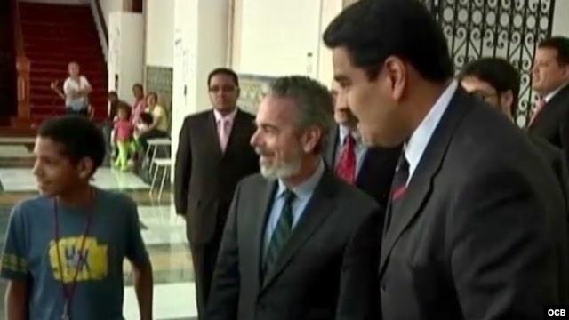 """El presidente Hugo Chávez """"intervenido"""" quirúrgicamente en La Habana"""