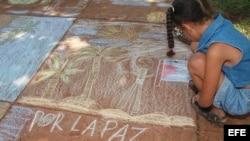 Niña cubana en el Festival de la Tiza/ Foto de archivo