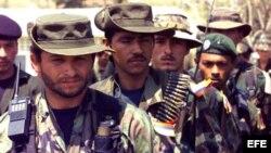 Fotografía de archivo de miembros de las FARC.