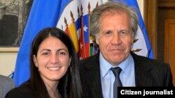 Luis Almagro, secretario general de la OEA, junto a Rosa Maria Payá.