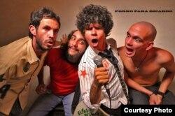 """La banda rockera cubana """"Porno para Ricardo"""" está prohibida en la isla."""