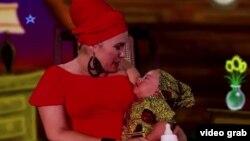 """Telmary acuna a la pequeña Samara en el video clic """"Entre las fieras"""", de su nuevo CD """"Libre""""."""