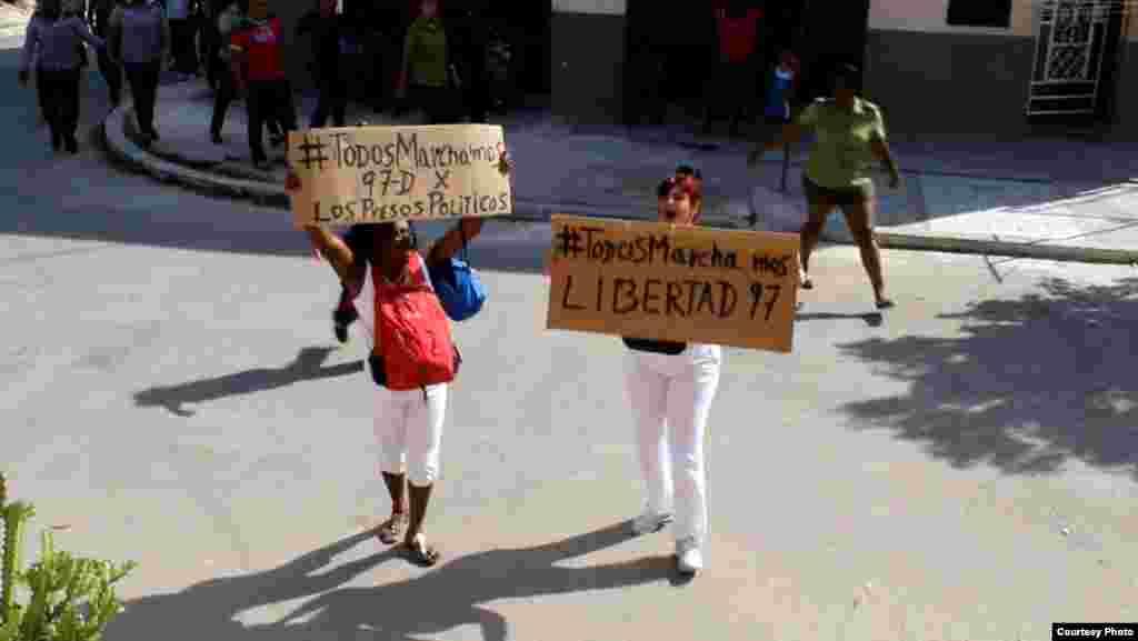 Protestan las Damas de Blanco en el 97 domingo de Todos Marchamos