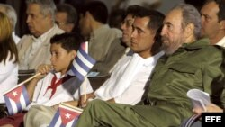 Fidel Castro, Elián González y su padre Juan Miguel González .