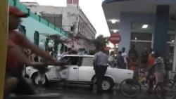 """Reportes de Cuba señalan aumento en las acciones de la policía contra """"indisciplinas sociales"""""""