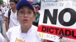 A pesar de los asesinatos, oposición venezolana no da tregua