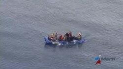 Balseros cubanos atentan contra su vida para evitar la repatriación