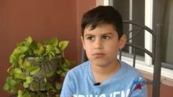 Niño cubano que pidió ayuda a la Casa Blanca llega a Florida a cumplir un sueño