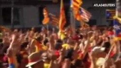 PP y PSOE tienden la mano a CiU para dialogar si cumple la Ley