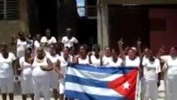 Acto de repudio y detenciones a Damas de Blanco