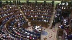 Destituido el presidente de España
